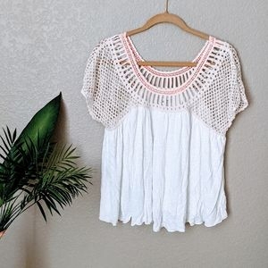 American Eagle Crochet Detailed Blouse Sz L